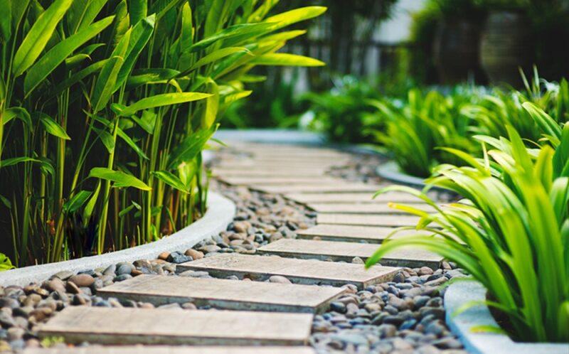 Садові доріжки в ландшафтному дизайні